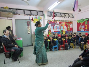 Teachers teaching LEM phonics to a general infants class at Faith Academy in Delhi.